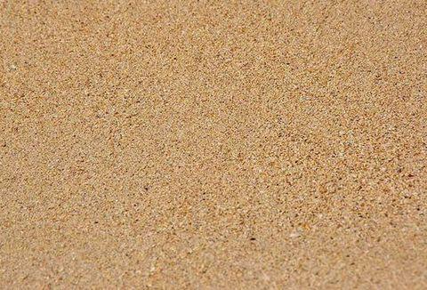 Hoạt động khai thác cát tràn lan gây nguy cơ cạn kiệt nguồn cát