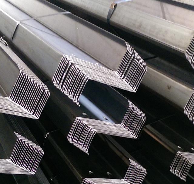 Xà gồ Z Inox - đại lý cung cấp xà gồ chữ Z inox giá rẻ
