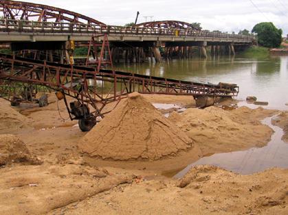 Xem bảng báo giá cát xây dựng huyện Nhà Bè: Vật liệu xây dựng CMC