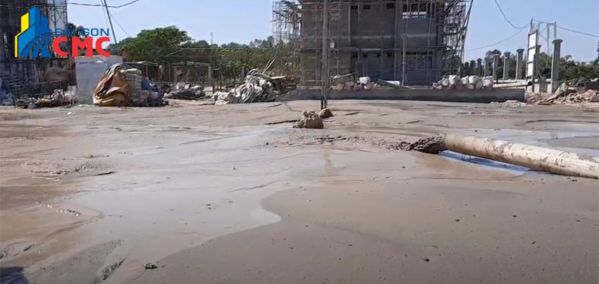 Bơm cát san lấp mặt bằng