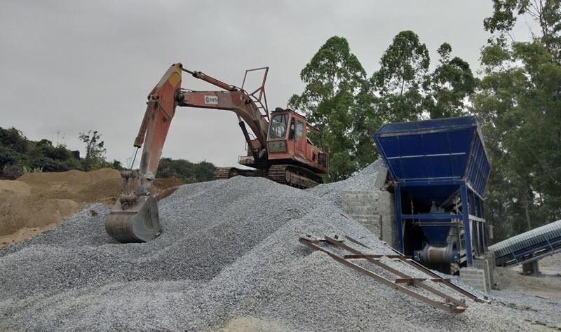Máy xay đá xây dựng