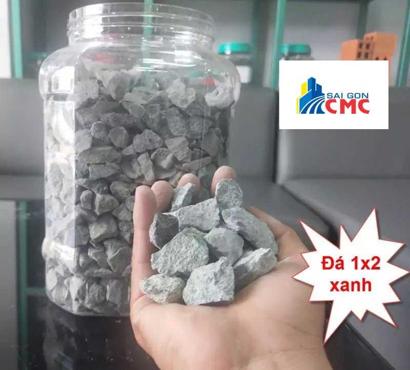 Đá 1×2 là loại đá có kích thước 1×2 cm, đều và cường độ chịu nén cao, thường dùng trong đổ bê tông tươi, bê tông nhựa nóng